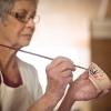Los beneficios de la arteterapia para personas dependientes